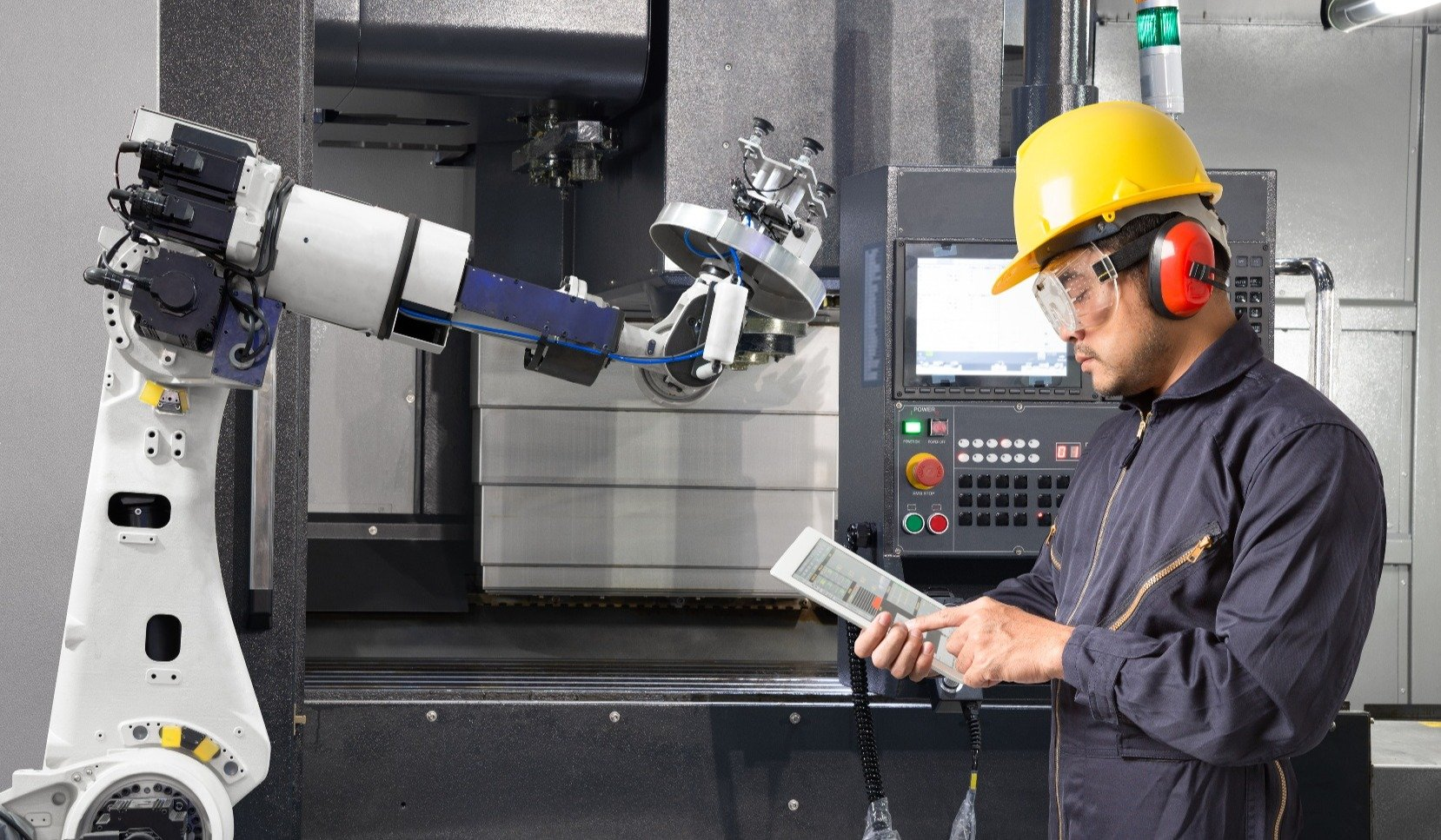 Factory of The Future: Managing an Effective Business | SmartHub